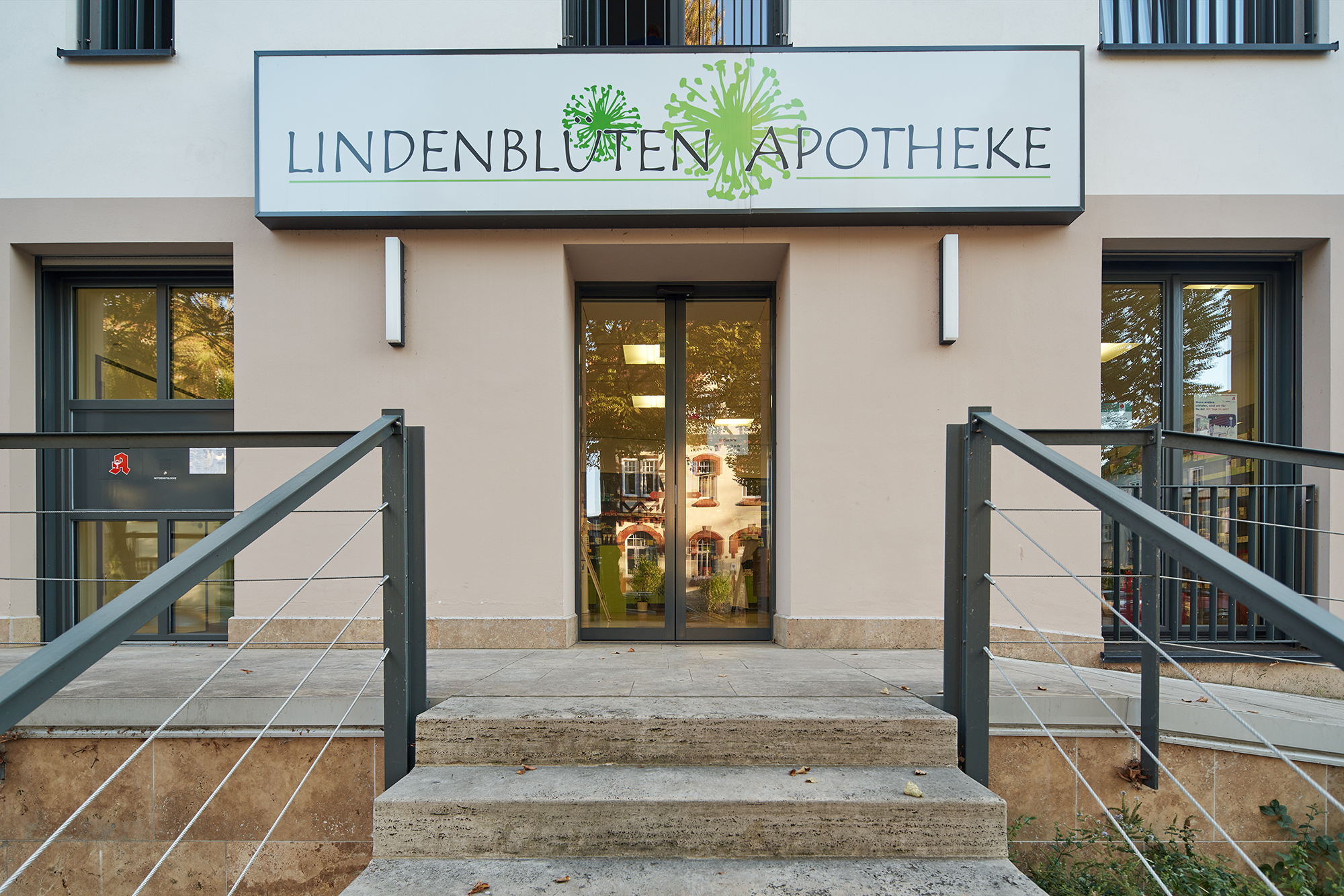 Lindenblütenapotheke Aussenansicht